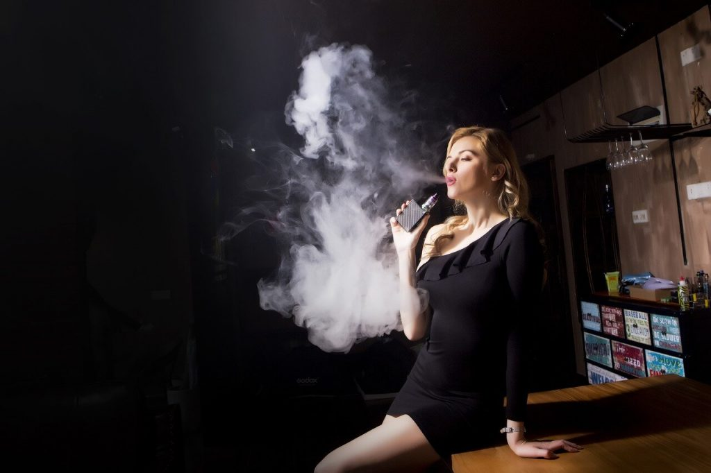 is vaping harmful to lungs